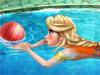Эльза в бассейне
